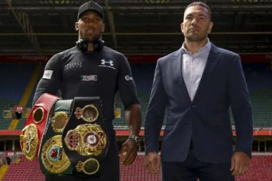 Anthony Joshua and Kubrat Pulev (Photo Credit: Twitter)