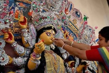 Durga Puja: Here's Significance of Goddess' Arrival on Palanquin & Departure