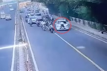 Rogue Driver Drags Delhi Police Officer on Bonnet in a Bid to Escape Traffic Violation Fine
