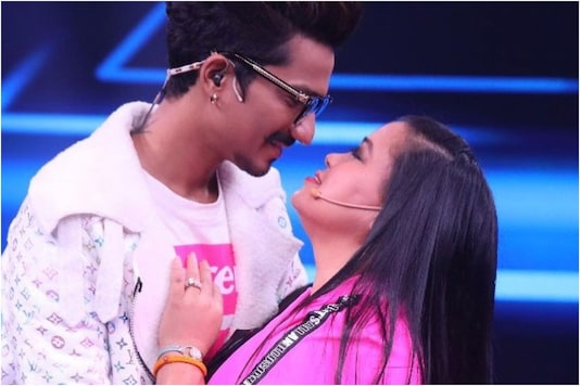 Haarsh Limbachiyaa Replies to Trolls after Receiving Abusive Comments on Pics with Bharti Singh