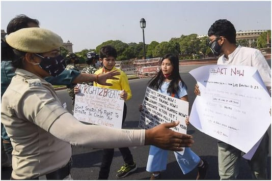 Licypriya Kangujam and Aarav Seth were detained by Delhi Police for protesting against climate change | Image credit: Twitter
