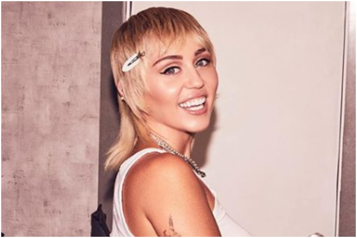 Miley Cyrus Recalls Encounter with Aliens: I Got Chased Down by UFO