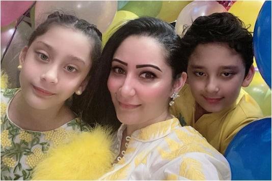 Maanayata with her two kids