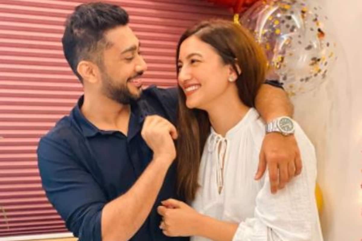 Zaid Darbar Welcomes Gauahar Khan Home After Her 2 Week Stay Inside Bigg Boss 14 House, See Pics