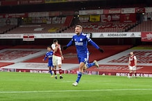 Premier League: Jamie Vardy Header Gives Leicester City First Win at Arsenal in 47 Years