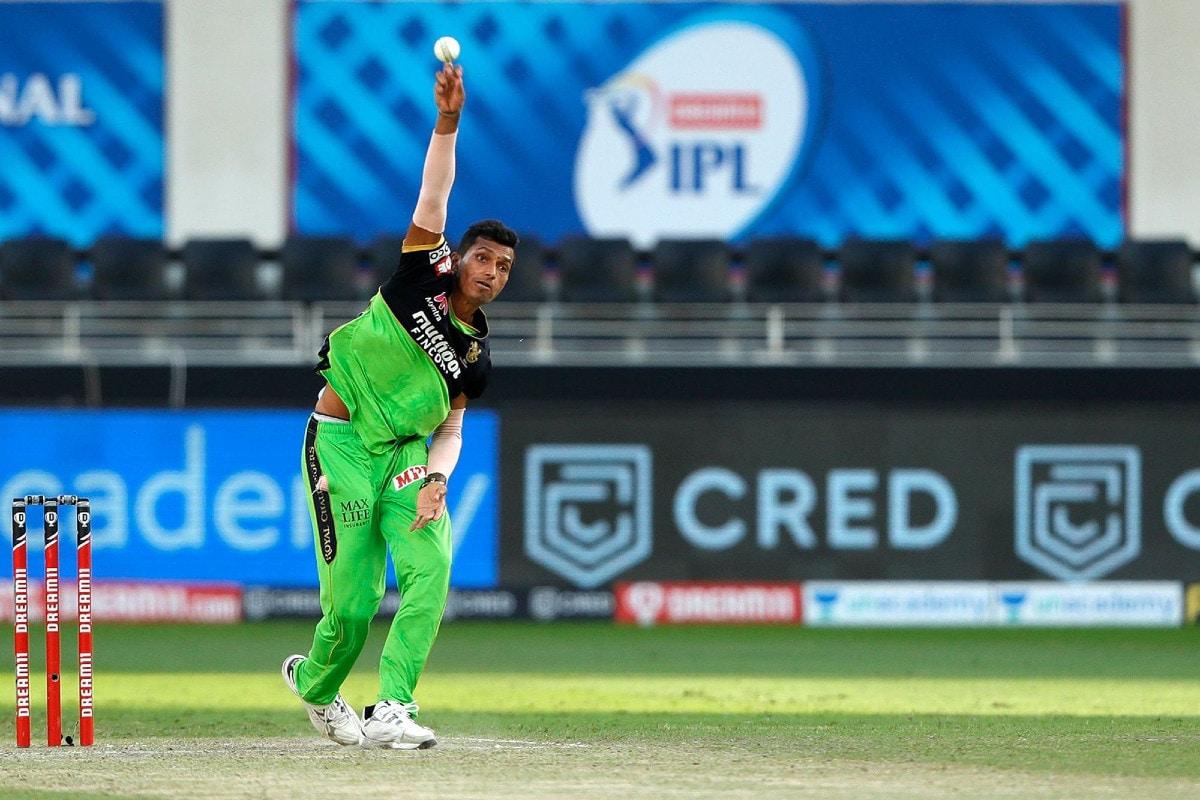 IPL 2020: RCB Sweat on Navdeep Saini's Fitness as Bowler Splits Webbing on Right Thumb