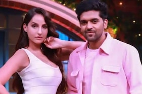 Nora Fatehi Raps in Hindi, Gives Shout-out to Navjot Singh Sidhu on The Kapil Sharma Show