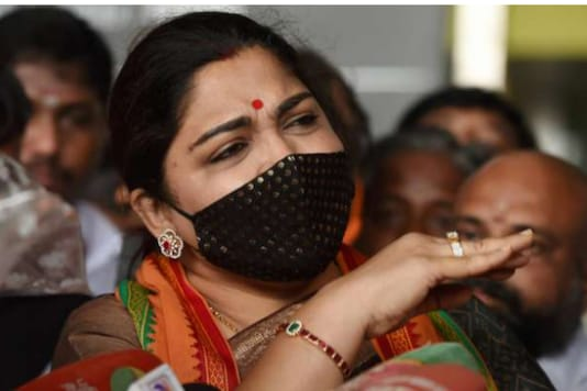 BJP leader Khushbu Sundar detained by the Chengalpattu police while she was on her way to Cuddalore district to participate in a protest against VCK's Thol Thirumavalavan.