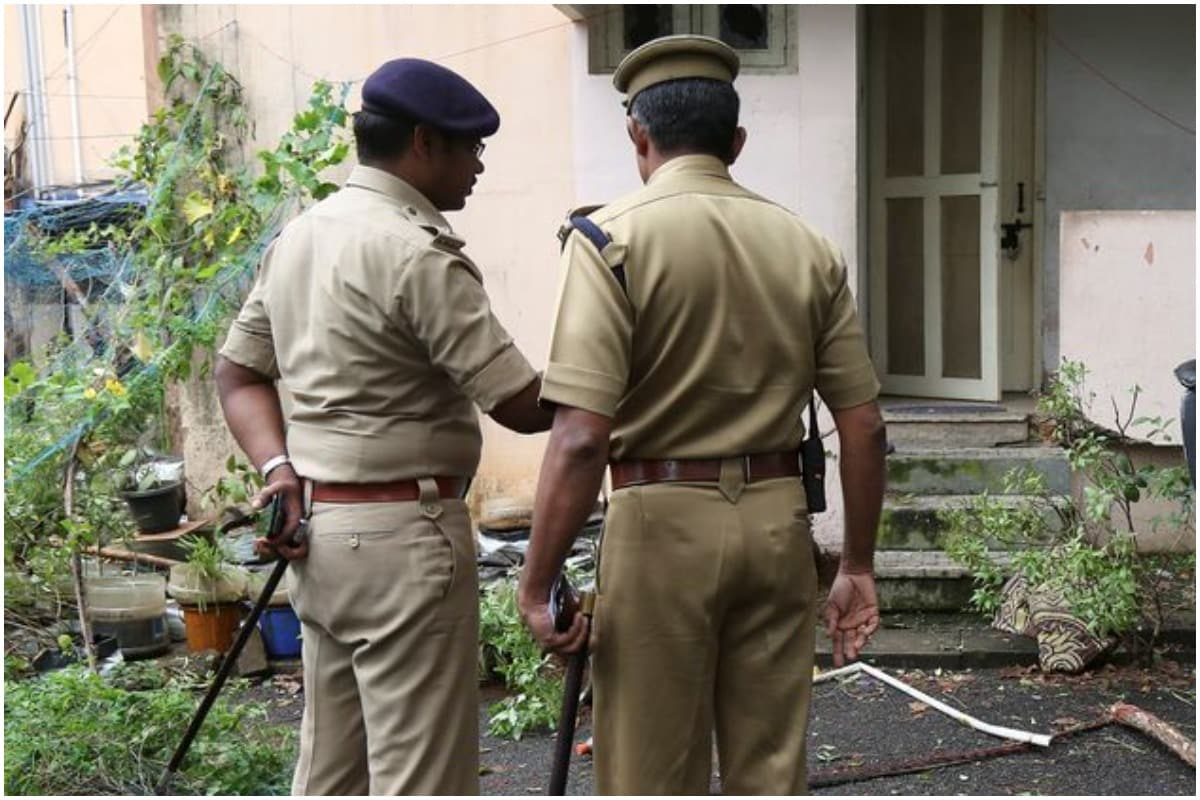 22-Year-Old Kerala Woman 'Taken Away' from Girlfriend's House by Cops, Sent Back to Parents