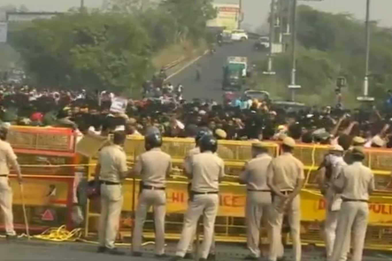 Protestors Block Delhi-Noida Flyway, Demand Justice for Businessman Aman Baisla Who Died by Suicide Last Month