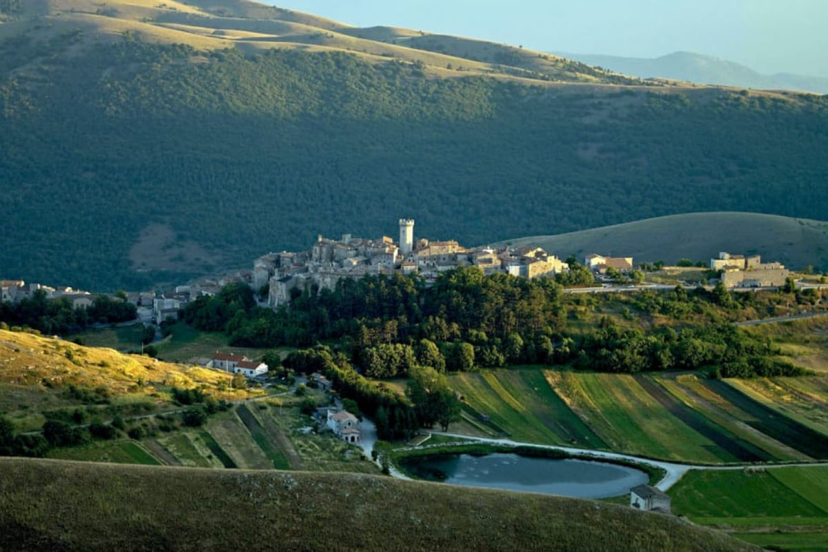 An Italian Village Will Pay £40,000 to Anyone Ready to Move There, But There's a Catch
