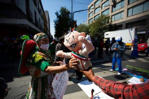 Mexico Supreme Court Okays Vote On Prosecuting Ex-presidents
