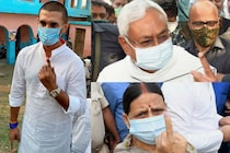 From Nitish Kumar to Rabri Devi, Political Heavyweights Queue Up to Cast Their Vote