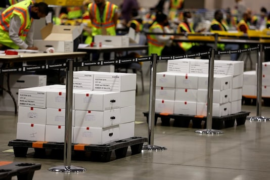 Votes are counted at the Pennsylvania Convention Center on Election Day in Philadelphia, Pennsylvania, US November 3, 2020. (Image: REUTERS/Rachel Wisniewski)