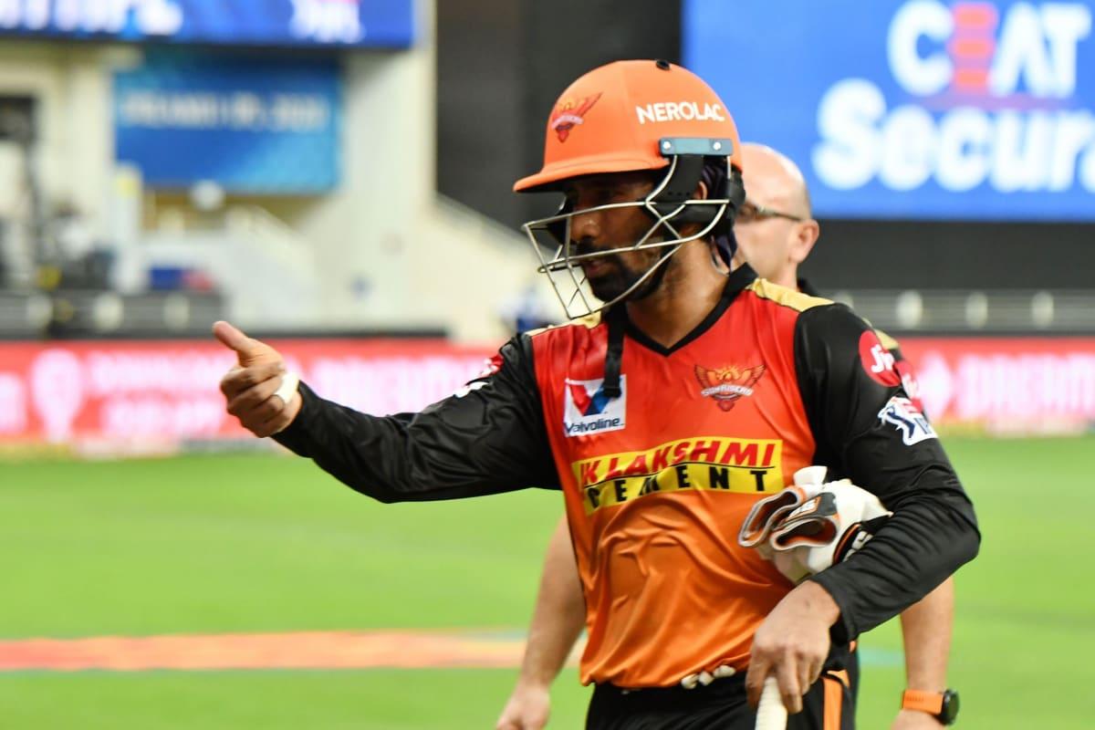IPL 2020: Concern for Team India as David Warner Confirms Hamstring Tear for Wriddhiman Saha