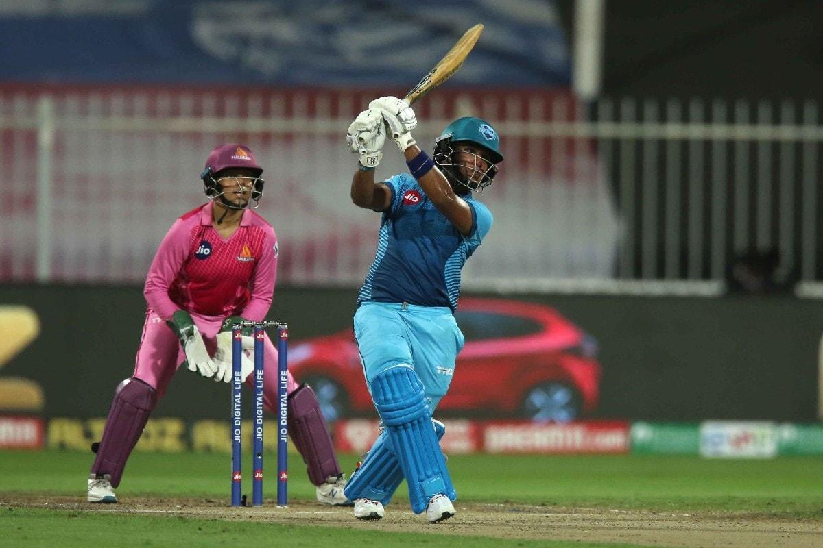 Women's T20 Challenge: Supernovas Beat Trailblazers By 2 Runs in a Last Ball Thriller