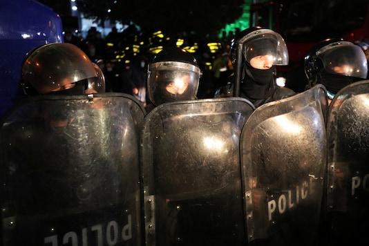Riot control police