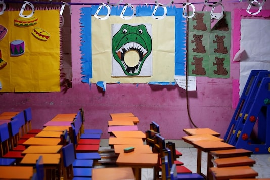 A view of an empty classroom is seen after Tamil Nadu state government ordered the closure of primary schools across the state amid coronavirus fears, in Chennai, India, March 16, 2020. REUTERS/P. Ravikumar