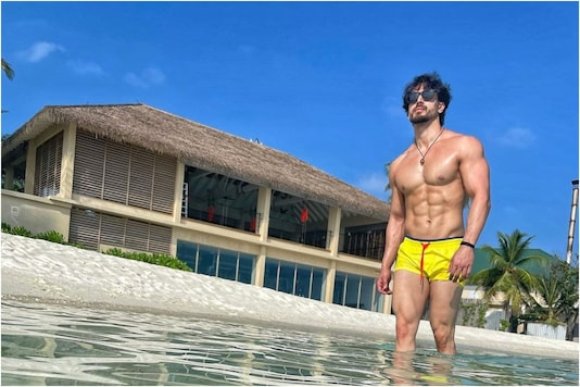 Tiger Shroff Flaunts His Chiselled Physique, Wonders if His Shorts Have Shrunk During Lockdown