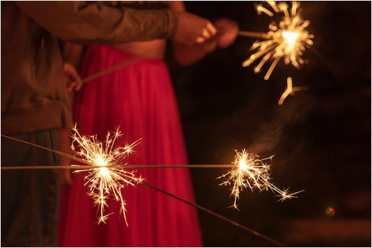 Happy Diwali 2020 Wishes And Quotes To Celebrate The Festival Of Lights