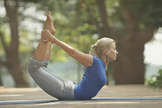 Try These 5 Yoga Aasanas for a Healthy Pair of Lungs