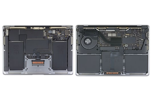 M1-powered MacBook Pro (right) and M1-powered MacBook Air (left). (Image Credit: iFixit)