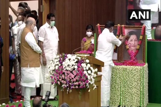 Home Minister Amit Shah, CM K Palaniswami, and Deputy CM O Panneerselvam pay tribute to MGR and Jayalalithaa in Chennai. (Twitter.ANI)