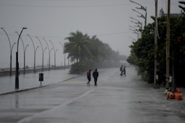 'Very Severe' Cyclone Nivar Makes Landfall North of Puducherry as Tamil Nadu Coast Pounded by Heavy Rain