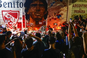 Soccer Fans Mourn the Death of 'Eternal Genius' Diego Maradona