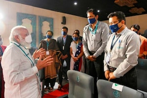 PM Modi Reviews COVID19 Vaccine at Bharat Biotech Facility in Hyd