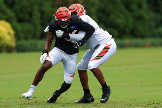 Carlos Dunlap Hopes To Be The Missing Piece For Seahawks