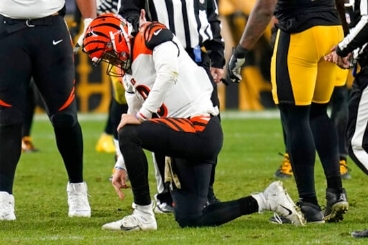 Burrow Says Ankle Is OK After Injuring It At Steelers