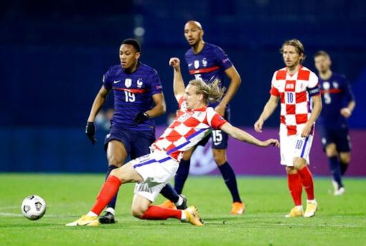 Croatia Defender Vida Pulled From Match Because Of Virus