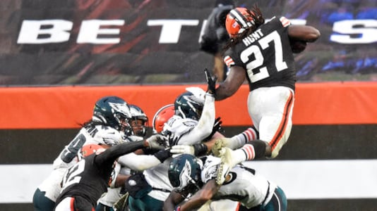 Turnovers Cost The Eagles Again In Another Loss Vs Browns