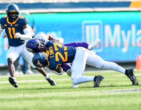 Doege Throws 2 TDs, West Virginia Runs Over TCU 24-6