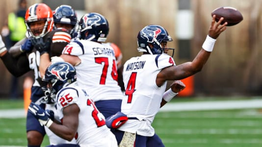 Houston Texans Struggle Offensively In Loss At Cleveland