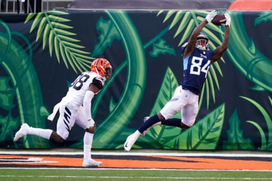 Titans Receiver Playing Vs. Colts Day After Death Of Brother