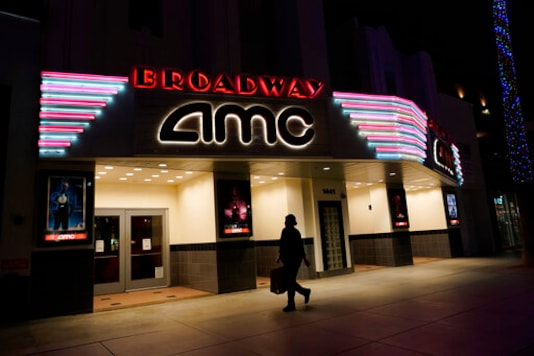 Universal Strikes Another Deal With A Major Theater Chain