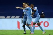 ISL 2020-21 HIGHLIGHTS, Mumbai City FC vs SC East Bengal Latest Updates: Le Fondre and Santana Goals, Boumous Assists Spark Life in Mumbai