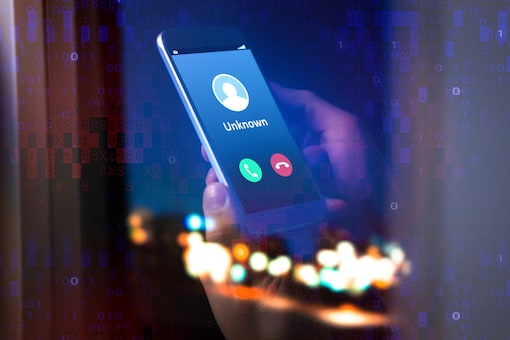 Fake Calls Pretending to be Amazon, Apple Support Trying to Steal Financial, Personal Data