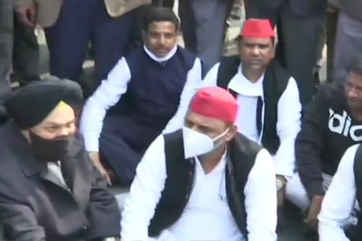 Samajwadi Party chief Akhilesh Yadav during a sit-in in support of protesting farmers.