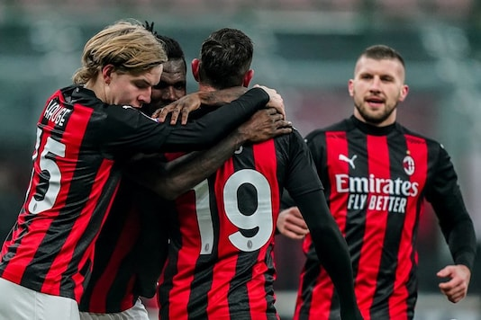 , Serie A: League Leaders AC Milan Fight Back to Draw 2-2 At Home To Parma, Indian & World Live Breaking News Coverage And Updates