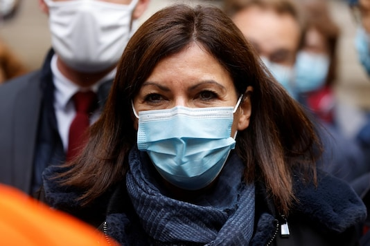 Mayor of Paris Anne Hidalgo looks on during an afternoon of visits and meeting at AP-HP headquarters in Paris, France October 15, 2020. (Image: Reuters)