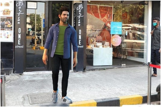 Kartik Aaryan Excited About His 'Statue' in Bandra, Says the Real Him Wouldn't be Without a Mask