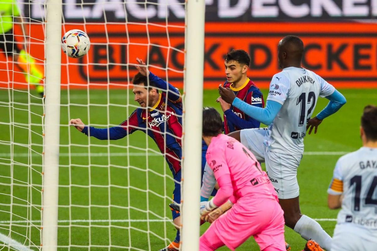 Lionel Messi Equals Pele's Record as Barcelona are Held by Valencia in La Liga