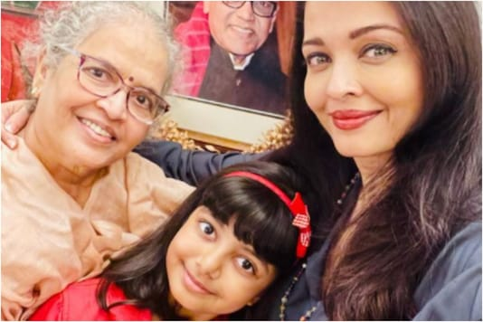 Aishwarya Rai with family
