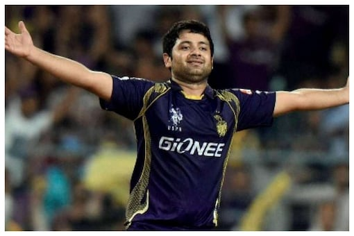 Piyush Chawla is one of the most successful spinners in IPL history with 156 wickets in 164 matches. Being a leg break bowler, he is also an attacking option for the team in the middle overs. Chawla has also been very economical giving away just 7.87 runs per over. He has an excellent doosra which has troubled many accomplished batsmen even at international level.