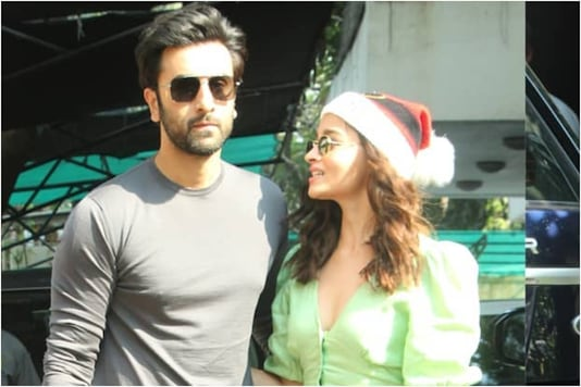 Alia Bhatt Joins Ranbir Kapoor for Christmas Lunch, Fans Call Them 'Cutest Couple Ever'