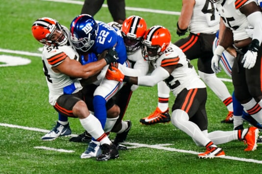 Browns Delay Flight After Player Tests Positive For COVID-19