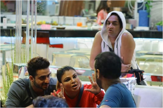 Bigg Boss 14 Day 88 Written Update: Aly Goni Clashes with Rakhi Sawant for Calling Jasmin Bhasin His Girlfriend